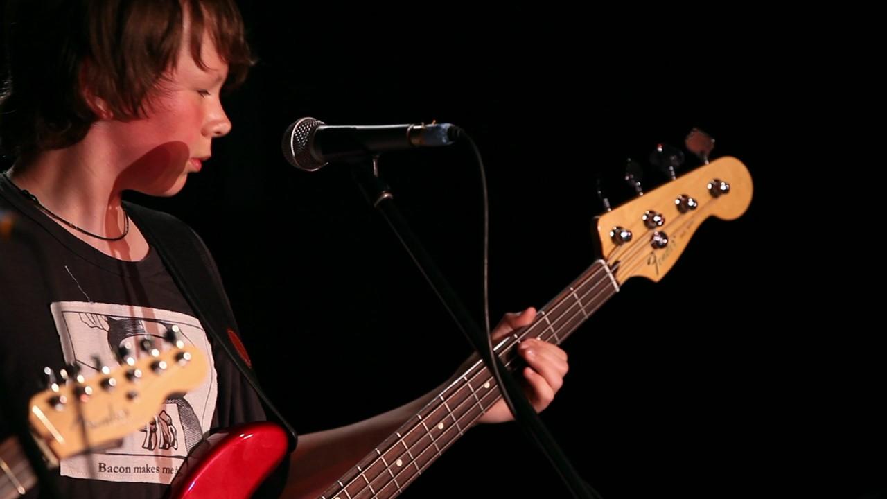 Guitar lessons Toronto, Bass lessons Toronto